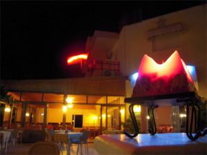 restaurant_02-920x690